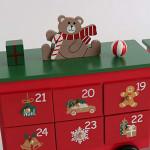 Contents: PIONEER-EFFORT Christmas Wooden Advent Calendar