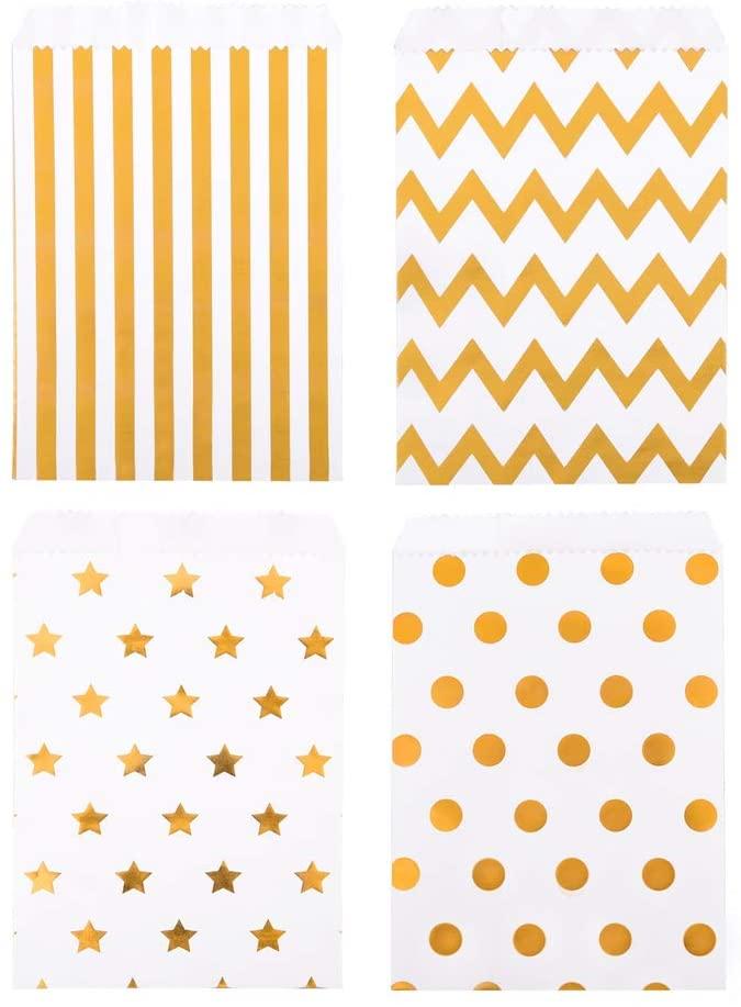 Papiertaschen mit Goldtupfen
